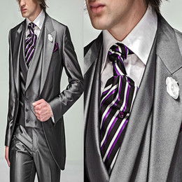 Wholesale custom made Groom Tuxedos Best man Suit Wedding suits Groomsman Men Suits Bridegroom Jacket Pants Vest GR009