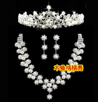 Wholesale 19 Marriage gauze accessories set of diamond jewelry crystal necklace earrings bridal accessories pearls three suits