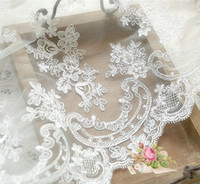 The vehicle bone lace Embroidery dentelle wedding uxury roya...