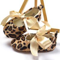 Wholesale Baby prewalker cotton fabric leopard striped lace up design shoes in stock B LZ X0006