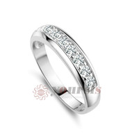 Wholesale Fashion gift austrian crystal ring K White Gold Planted Use Clear Crystal Simulation of Diamond bridal wedding Ring R061W1