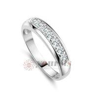 Wholesale Fashion jewelry austrian crystal ring K White Gold Planted Use Clear Crystal Simulation of gemstone bridal wedding Ring R061W1
