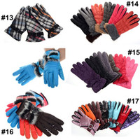 Wholesale 2Pairs Pairs New Fashion Mens Ladies Colourful Sport Gloves Women s Winter Warm Gloves CW20013 CW20017