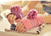Wholesale New Arriving Fingerless Gloves Hit color duck gloves Mixed colors ovo ball glove
