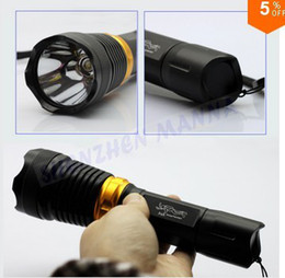 Wholesale NEW ARRIVAL UNDERWATER DIVING FLASHLIGHT amp TORCH LED LIGHT LAMP WATERPROOF AAA BATTERIES PC DT004