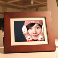 Wholesale bule black red Hot selling gift gold giinii hd digital photo frame wood electronic photo album photo frame c1