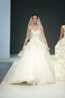 Wholesale 2014Custom Design China Fashion Week Floor Lengths A line Strapless Bridal Gown Wedding Dresses D1109