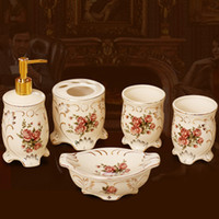Wholesale Home decoration new homes decoration wedding gift five pieces ceramic bathroom set