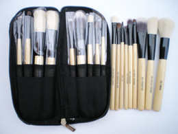 Wholesale 9 PIECES Makeup Brush Set Animal Hair Goat Hair DELUXE Brush For WET amp DRY Makeup Zip Purse Bag LUXURY Brush Travel Kit SYNTHETIC HAIR BRUSH