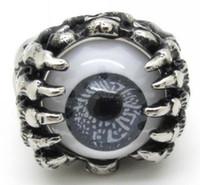 Envío gratuito Biker hombres de plata anillo de dedo mano garra cráneo caliente encantador globo gris joyas de acero inoxidable