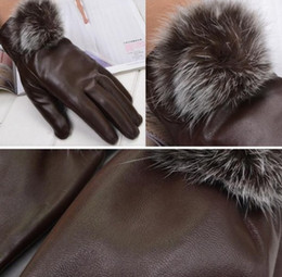 Wholesale Gloves Fashion Women Lady Rabbit Fur PU Leather Gloves Driving Winter Warm cycling Sports Gloves Five Fingers Gloves jewelry Christmas Gift