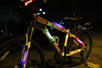 Wholesale Bicycle Flash SColorful LED Light riding bicycle lights Camping lights use at night and rain