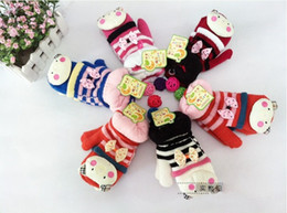 Wholesale EMS Thicken Warm Kids Mittens Animals Stripe Butterfly Gloves Baby Boys Girls Accessories Kids Glove Bowknot Animal Mitten Pairs D0853