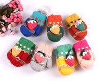 Wholesale Adorable Berry Peach Girls Knitted Gloves Strawberry Bowknot Mittens Fashion Kids Butterfly Kids Glove Adorable Mitten D0858