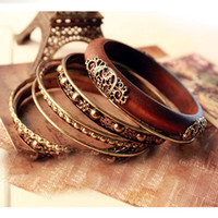 Wholesale Bohemian Retro Bangle Bracelets Fashion Retro Style Wood Carving Multipayers Bangle Bracelet Sets
