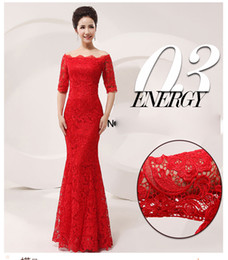 Wholesale Hot Sale Luxury and Elegant Silk Slim Chinese Long Cheongsam Dress Improved Lace Bateau Half Sleeve Red Bridal Wedding Dress sizes