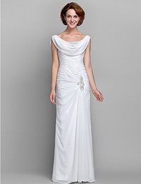 Wholesale Modern Sheath Column Gowns Off the shoulder Floor length Rush Open Back Fold Rhinestone Beads Chiffon Mother of the Bride Dresses