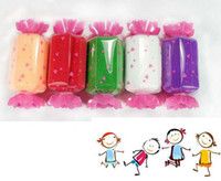 Wholesale Sweet Candy Towel Washcloth Shaped Gift Wedding Favors