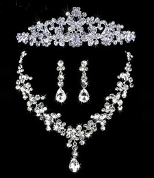 Wholesale Shinning Rhinestone Tiara Necklace Earring Set Bridal Wedding Party Jewelry Wedding Accessories