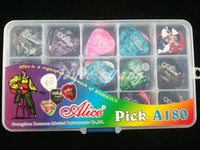 Wholesale of Pearl Celluloid Acoustic Electric Guitar Picks Plectrums With Original Plastic Picks Case Box