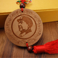 Wholesale Arts and Crafts Chairman Mao wooden plaque Wood pendant handmade wooden carving Gift ornaments