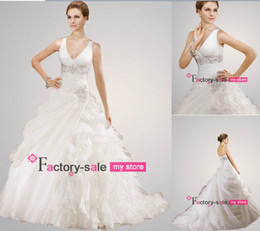Wholesale 2014 Ball Gown Wedding Dresses Sexy V Neck Pleated Ruffles Organza Chapel Train Church Bridal Gowns with Lace up Back ML