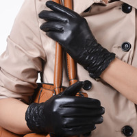 Wholesale Female fashion winter suede genuine leather gloves soft comfortable