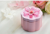 Favor Boxes Pink Metal 4Color 50Pcs Lot Free Shipping Ribbon With Rhinestone Favor Holders Tin Boxes Gift Box Wedding And Party