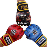 Wholesale 2pieces High level Quality Half Finger Boxing Gloves Sanda Fighting Sandbag Gloves Dragon Cool Pattern Muay MMA
