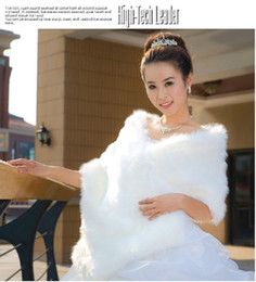 Wholesale New In Stock Big Faux Fur Winter White amp Red Warmer Party Formal Dresses Shawl Bridal Wedding Warp Jacket In Fashion Hot