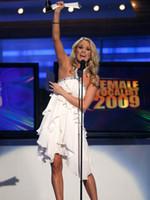 Precio de Líneas blancas-Nuevo Diseñador De Hecho Carrie Underwood Blanca Sin Mangas Vestido De Una Línea De Perlas De Volantes De Gasa Vestido De Fiesta Corto Coctel De Mini Vestidos De Noche Vestidos De Graduación