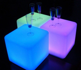 Wholesale Led fashionable luminous Shining cm Cube chair for bar furnitre party furniture decoration Furniture plastic furniture