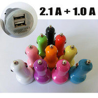 Universal Car Chargers  Double Port USB Car Charger 2.1A For iPad 2 3 4 Mini Air Tab 3 10 Colors 1A For iPhone 5 4S 5C Note 2 Ports Universal Mini Car Charger DHL