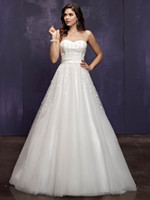 Hot Sale! Newly Elegant 2014 Sweetheart Lace up Chapel train...