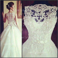 Autumn/Spring christmas wedding dresses - 2014 Vintage Wedding Dresses Sexy New Crew Embroidery Applique Lace Organza Beach Christmas Button Back Bridal Gowns BO3039