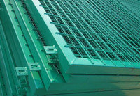 Wholesale vinyl garden wire mesh fence from china