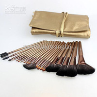 Wholesale set Makeup Brushes Nylon Wool wood handle Quality professional Brushes Set Cinnamon