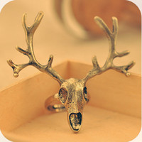 Wholesale At least shipping OD0106 exaggerated retro exquisite gold and silver antlers skull ring g Street shooting Christmas
