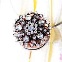 Wholesale Fashion quality rhinestone magnetic curtain buckle curtain strap clip curtain ball buckle flower