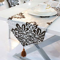 Wholesale Suede Fabric Table Ornament Silver Stamping Black Table Runner Tablecloth EY003