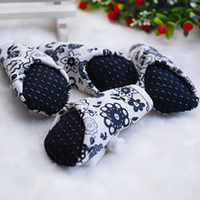 Wholesale Pet supplies Printing Waterproof PU Indoor shoes Dog Shoes with Different Size CA912