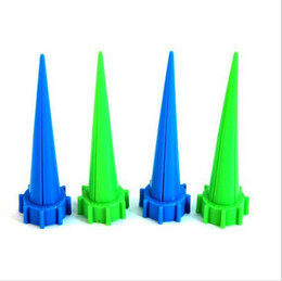 Wholesale New Garden Creative Product Cone Watering Kits Spike Plant Flower Waterers Bottle Irrigation System