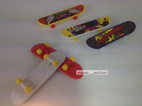 Wholesale Mini classic wing on top of an empty dance variety of patterns finger skateboard fingertips Finger Toys Baby Gifts Xmas gift