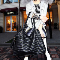 Wholesale New bag leisure bag Quilted handbags woven shoulder bag black street Messenger bag big bag ladies bag