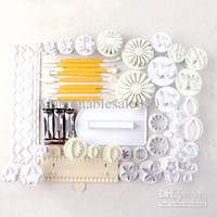 Wholesale 18 Sets Baking DIY Tools Fondant Cake Mold Plunger Cutter Biscuit Mold Cake Molding Tools