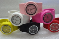 Children's beautiful slaps - New Arrive Children s Small Slap Watches Colorful Fashion Kids Watches Best Christmas Beautiful Wristwatch Black Red Yellow