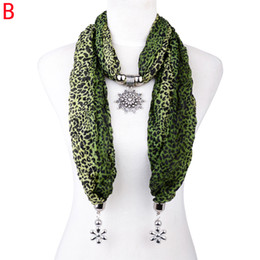 Women jewelry leopard print scarf with snow flake pendant with clear rhinestones jewelry pendant scarf ,NL-2140