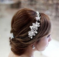 Wholesale Fashion New genuine pearl Rhinestones Cheap Wedding Bridal Jewelry crown headwear Single type NM23