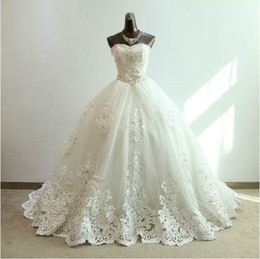 Elegant Top quality Strapless Rhinestone Crystal Beaded Corset Lace-up Back Real Sample Cathedral Train Wedding Dress