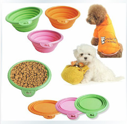 Wholesale New Pet dog bowls collapsible silicone travel pet dogs cat bowl dish feeders non toxic colors Pet Supplies drop shipping